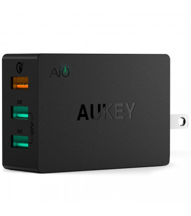 Aukey Wall Charger PA-T14 3 x USB-A, 42 W
