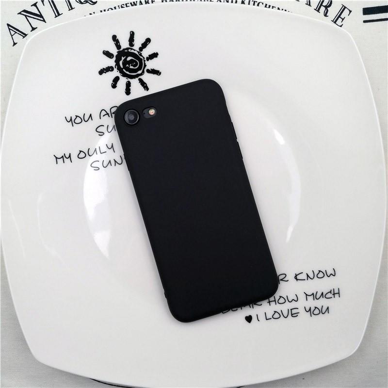 Juodas silikoninis dėklas iPhone 7 Plus